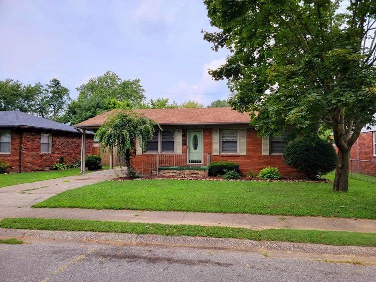 Photo of 1733 West 1st Street, Owensboro, KY 42301 (MLS # 82086)