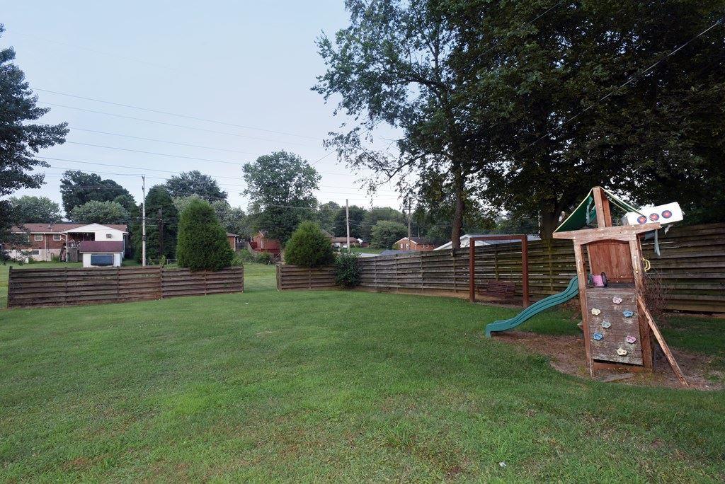Photo of 2821 Aldersgate, Owensboro, KY 42303 (MLS # 82087)