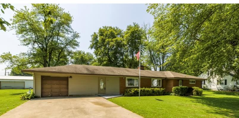 Photo of 4818 West 5th Street Road, Owensboro, KY 42301 (MLS # 82112)
