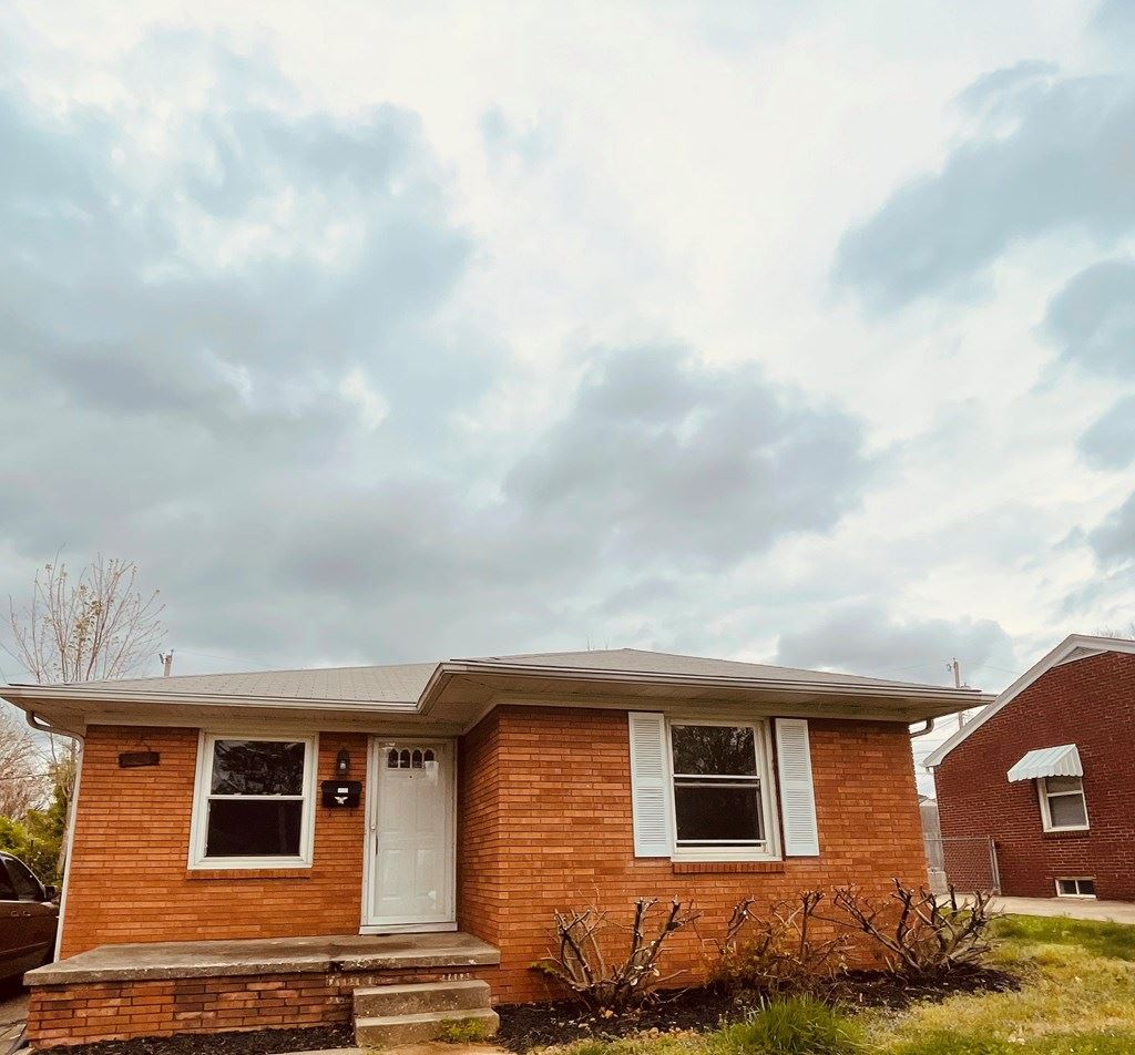 Photo of 1725 Winding Way, Owensboro, KY 42303 (MLS # 81131)