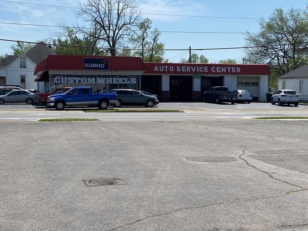 Photo of 700 West 4th Street, Owensboro, KY 42301 (MLS # 81190)