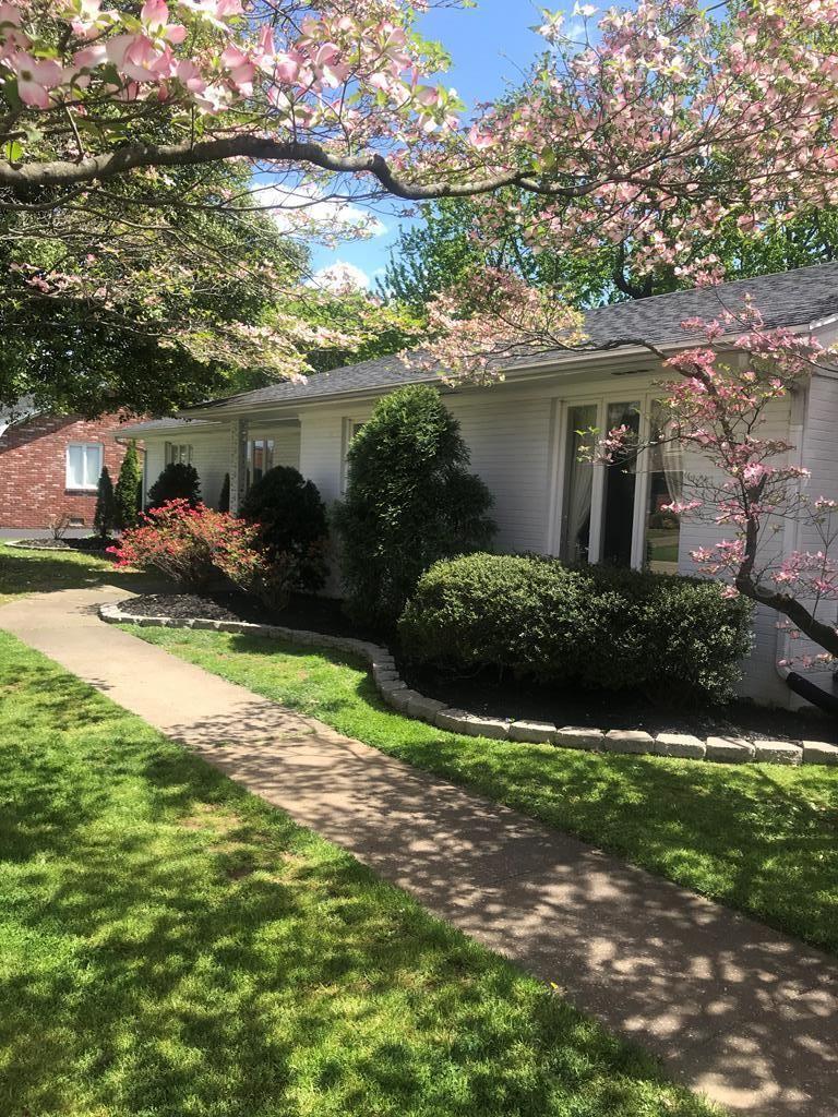 Photo of 2132 Crestwood Drive, Owensboro, KY 42301 (MLS # 81222)