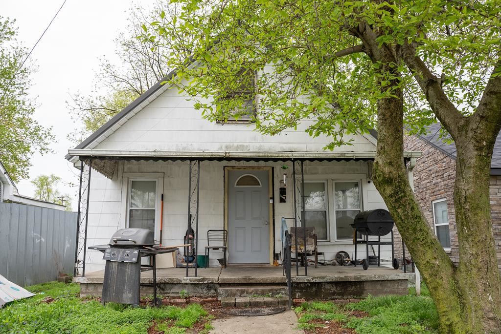 Photo of 1527 Jackson Street, Owensboro, KY 42303 (MLS # 81226)