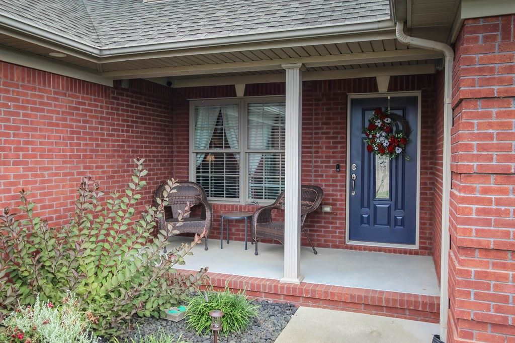Photo of 6512 Spring Haven Trace, Owensboro, KY 42301 (MLS # 82245)