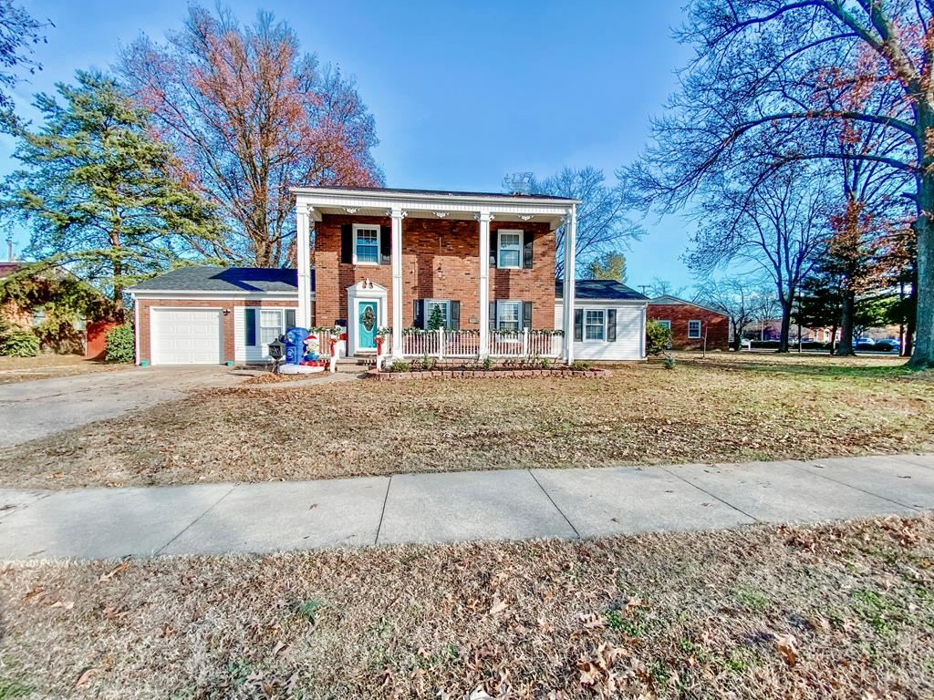 Photo of 2923 Wesleyan Park Drive, Owensboro, KY 42301 (MLS # 80362)