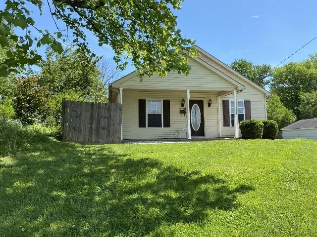 Photo of 2113 Bluff Avenue, Owensboro, KY 42303 (MLS # 81363)
