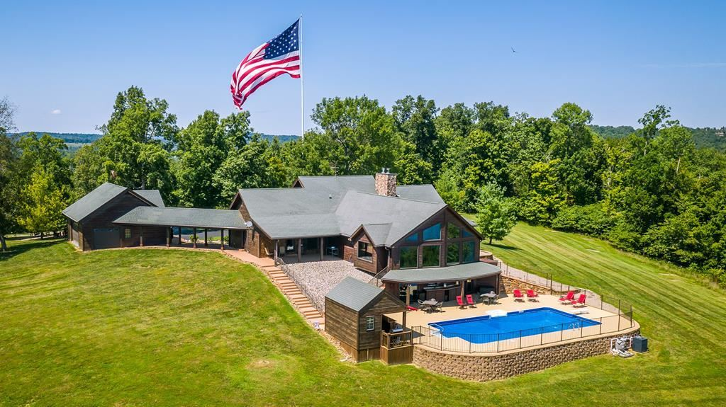 Photo of 863 Cave Heights Ln., Falls of Rough, KY 40119 (MLS # 80374)