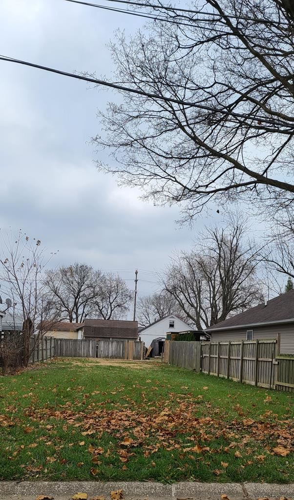 Photo of 803 Poindexter, Owensboro, KY 42301 (MLS # 80393)