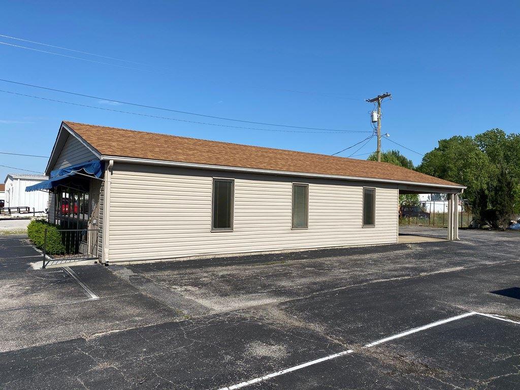Photo of 1210 Burlew Blvd, Owensboro, KY 42303 (MLS # 81408)