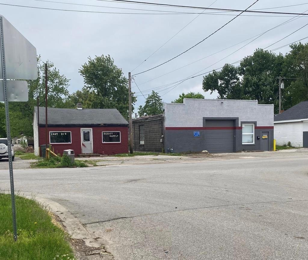 Photo of 706/712 Crabtree Avenue, Owensboro, KY 42301 (MLS # 81437)