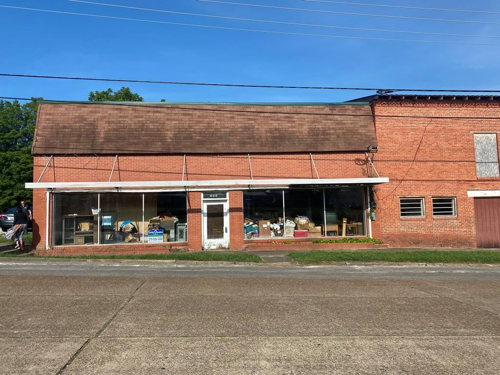 Photo of 304 Main St., Livermore, KY 42352 (MLS # 79456)