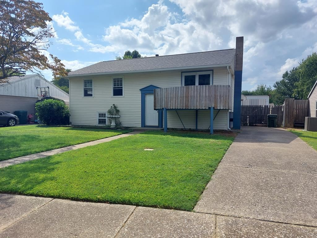 Photo of 644 Carter Rd, Owensboro, KY 42301 (MLS # 82470)