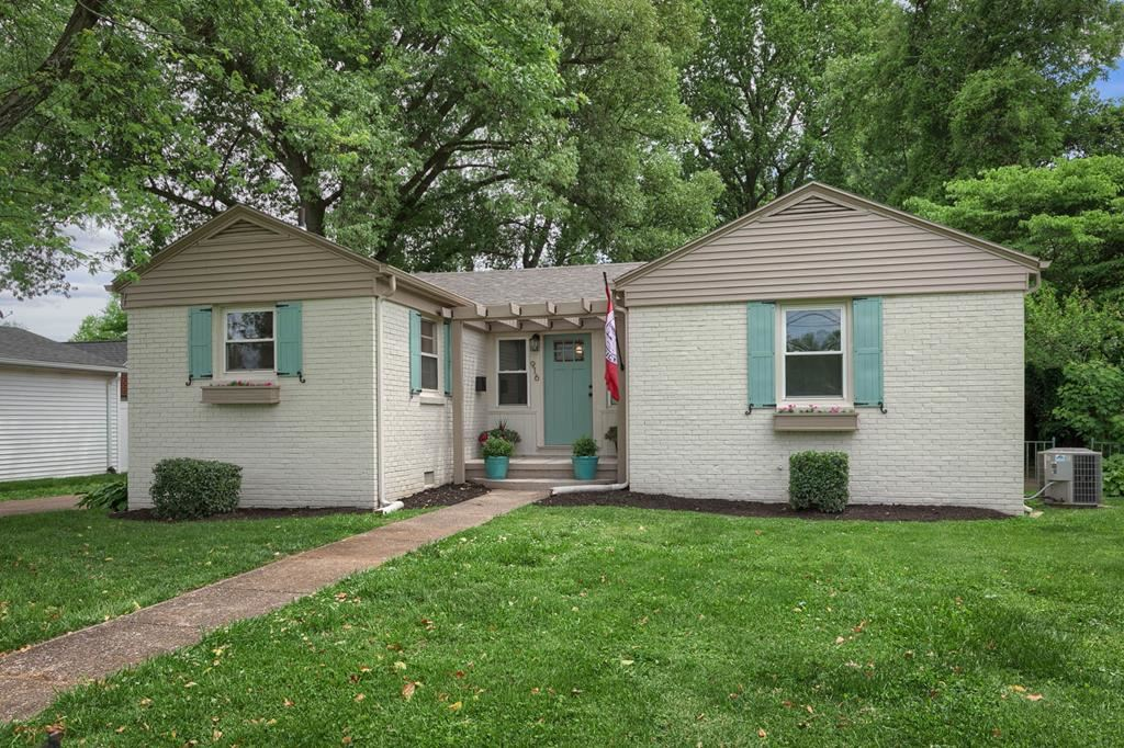 Photo of 916 Ford Ave, Owensboro, KY 42301 (MLS # 81473)