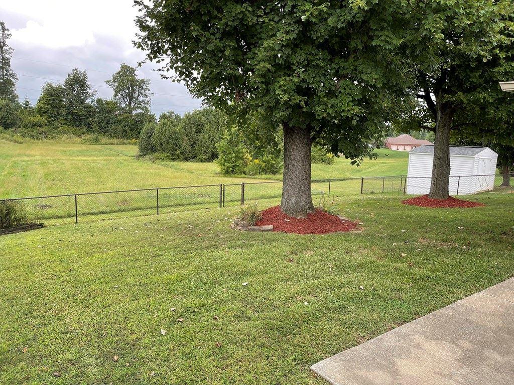 Photo of 3155 Steeplechase, Owensboro, KY 42303 (MLS # 82517)