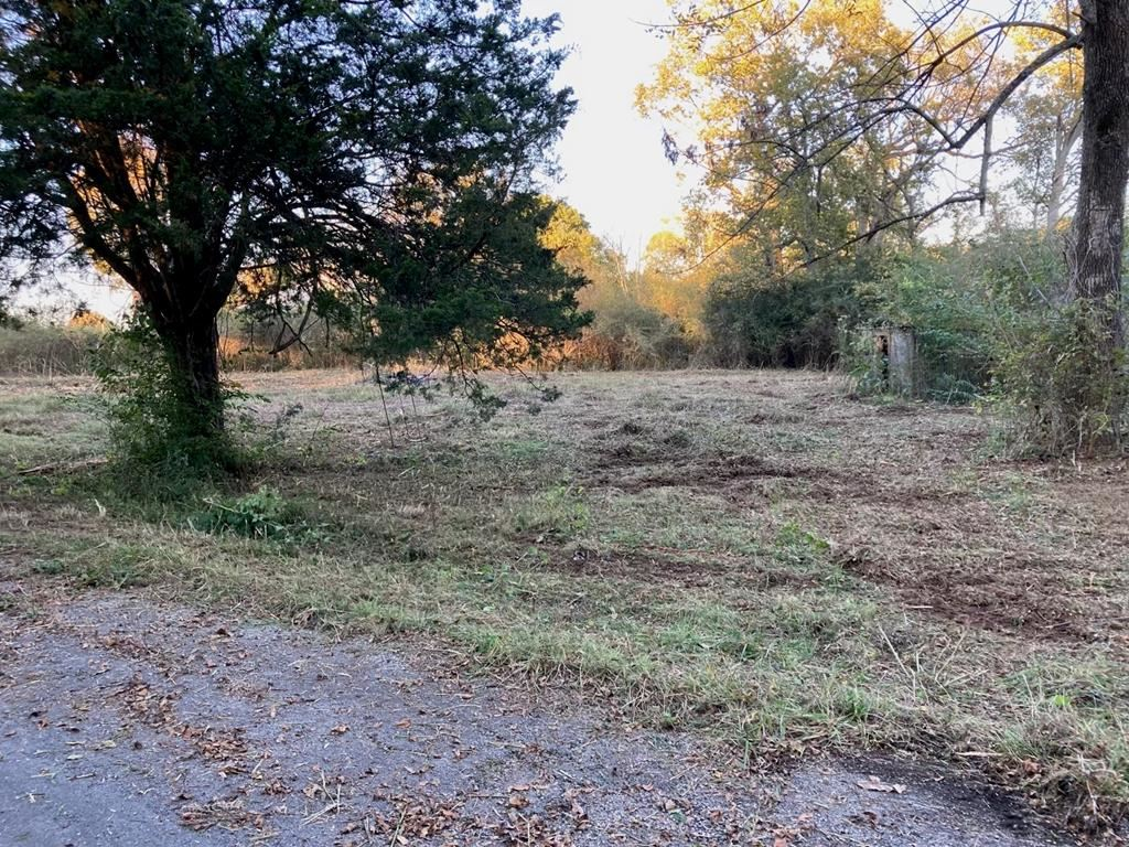 Photo of 395 Edwards Mill Road, Hopkinsville, KY 42240 (MLS # 82521)