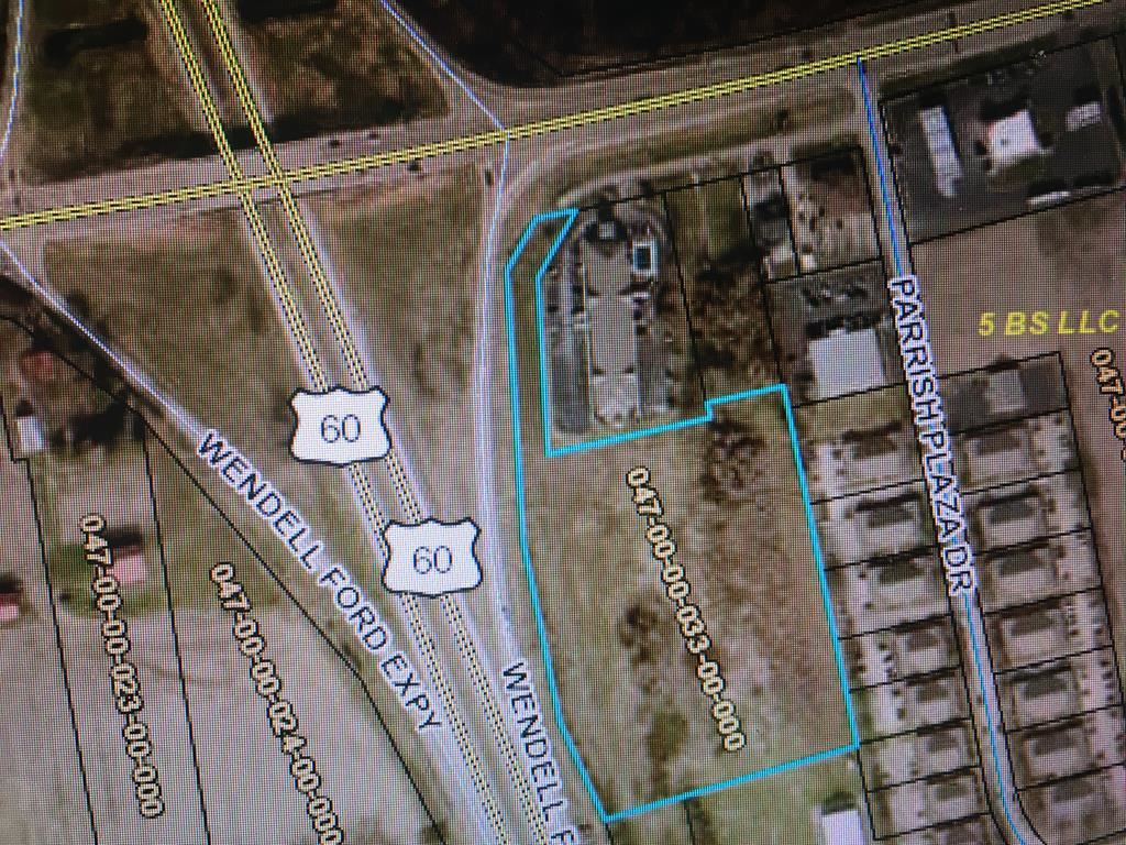 Photo of 3240 Parish Ave. West, Owensboro, KY 42301 (MLS # 82527)