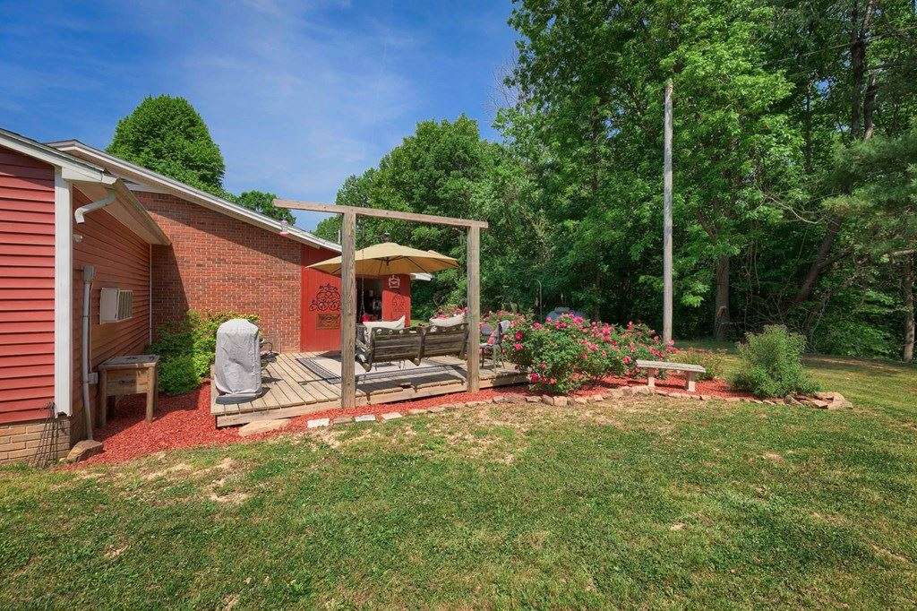 Photo of 6215 Hwy 54 E, Fordsville, KY 42343 (MLS # 81535)