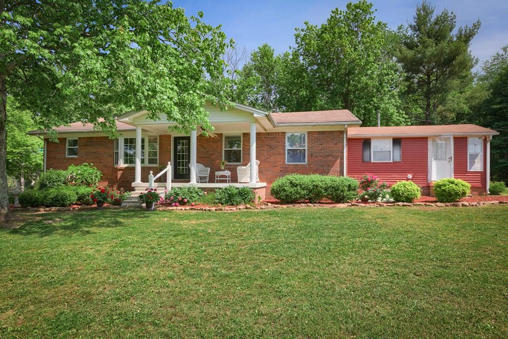 Photo of 6215 Hwy 54 E, Fordsville, KY 42343 (MLS # 81536)