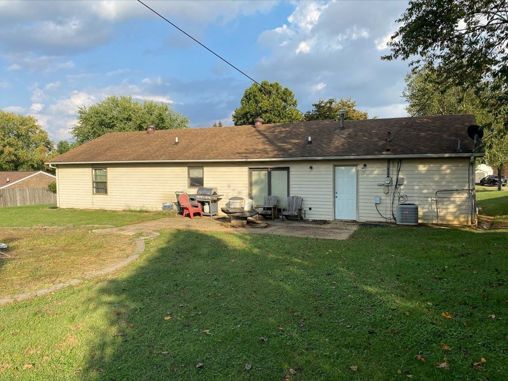 Photo of 6104 Alma Court, Owensboro, KY 42303 (MLS # 82618)