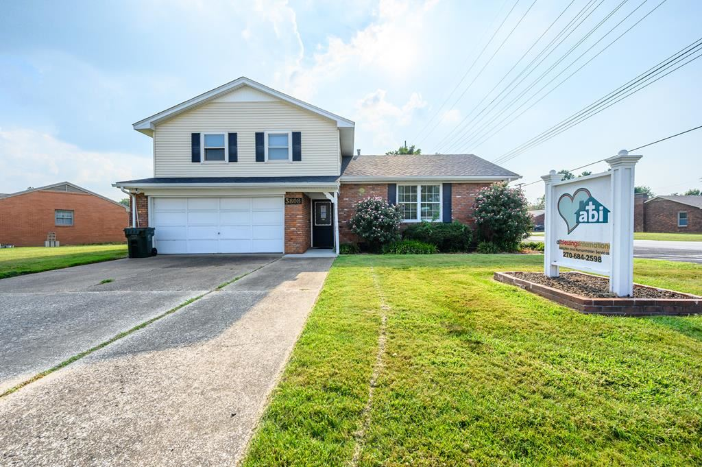 Photo of 3808 Griffith Ave S, Owensboro, KY 42303 (MLS # 82624)