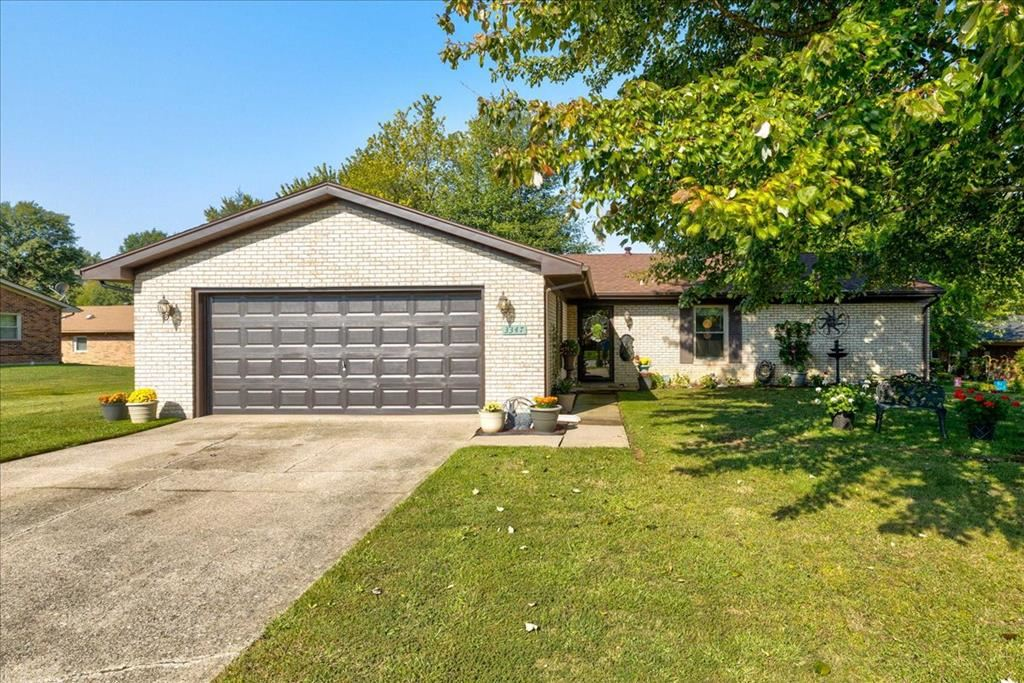 Photo of 3347 Bold Forbes Way, Owensboro, KY 42303 (MLS # 82661)