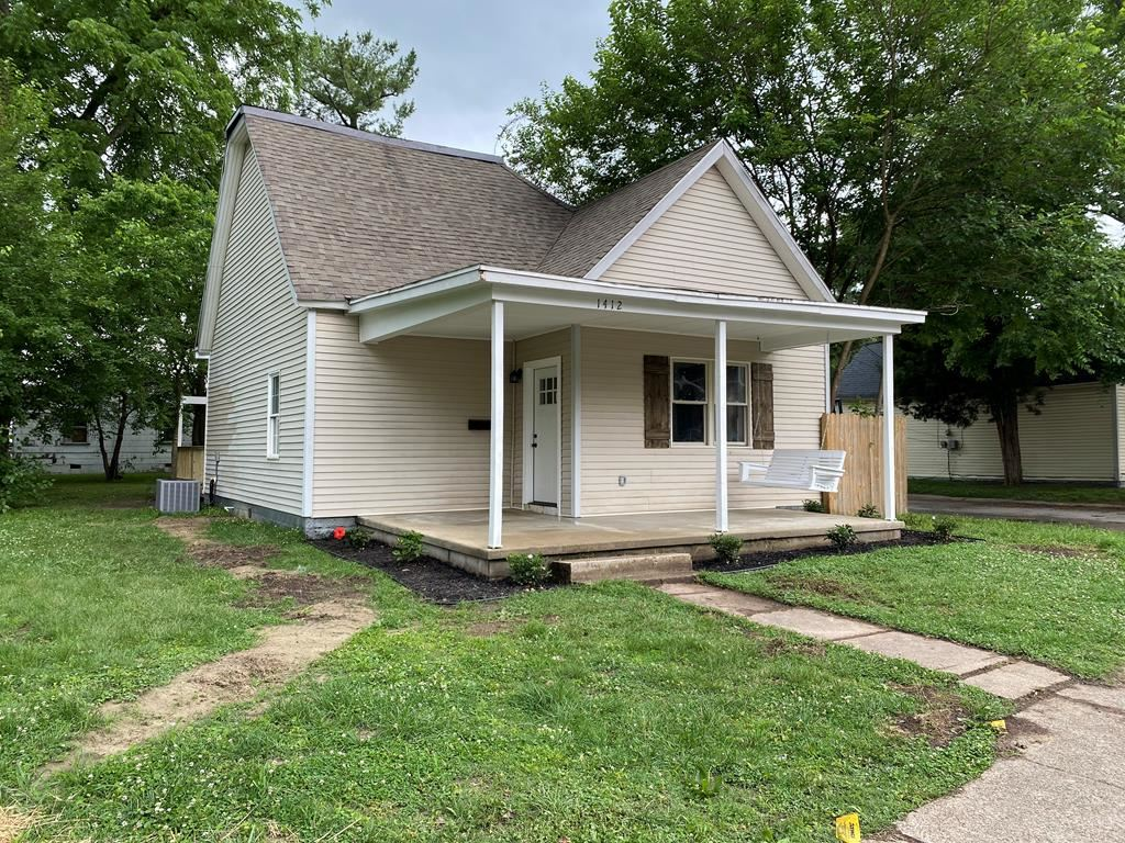 Photo of 1412 Independence Ave, Owensboro, KY 42301 (MLS # 81679)