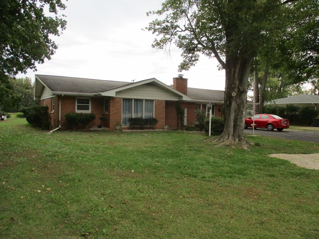 Photo of 834 W State Rd 66, Rockport, IN 47635 (MLS # 82681)