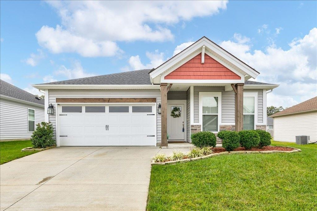 Photo of 6334 Valley Brook Trace, Utica, KY 42376 (MLS # 82690)