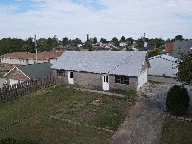 Photo of 108 Samuel Scott Drive, Livermore, KY 42352 (MLS # 82702)