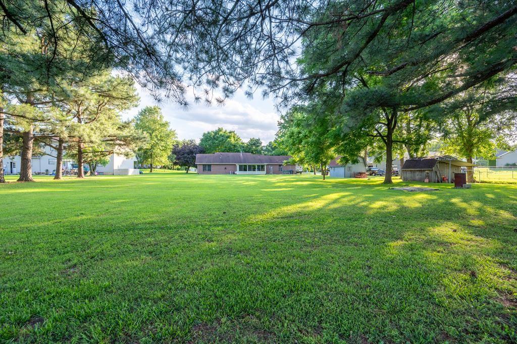 Photo of 1721 Daniels Lane, Owensboro, KY 42303 (MLS # 81705)