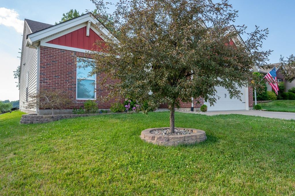 Photo of 2118 Meadowhill Lane, Utica, KY 42376 (MLS # 81715)
