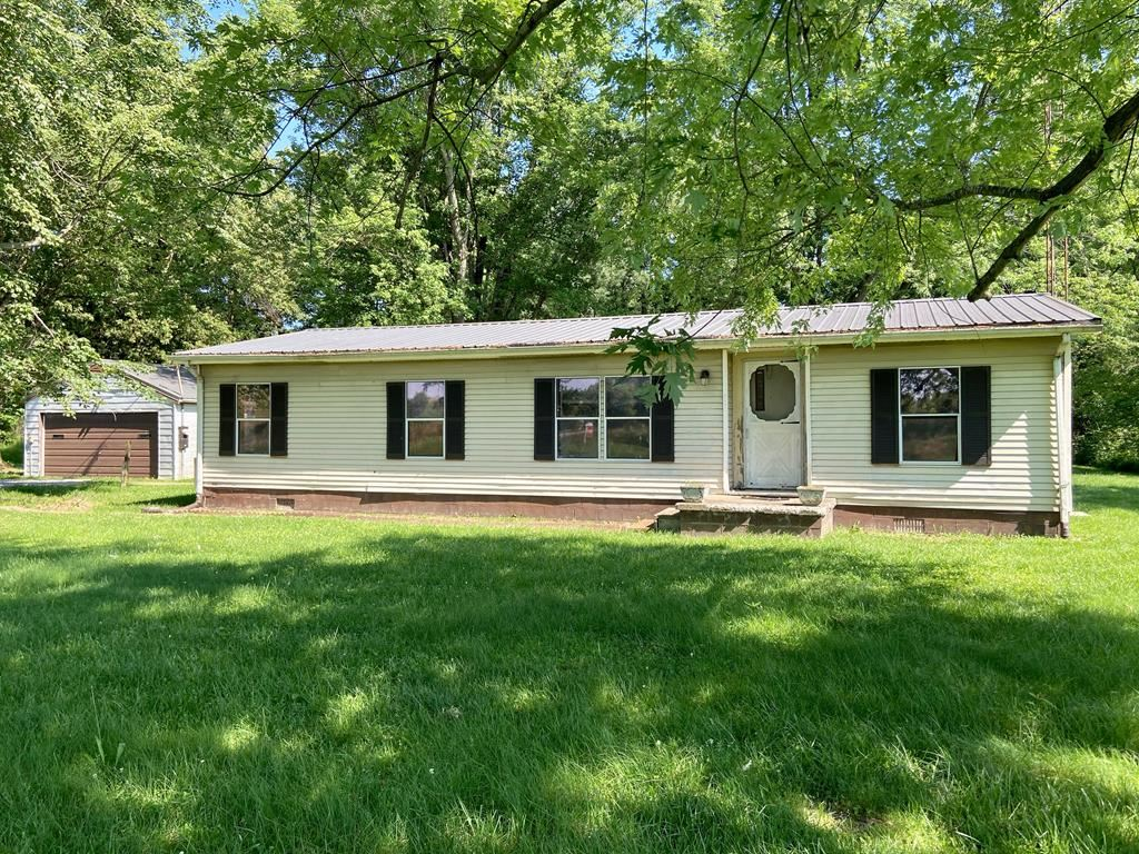 Photo of 4615 State Route 554, Utica, KY 42376 (MLS # 81716)