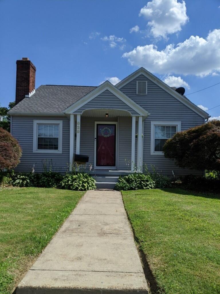 Photo of 828 E 19th St, Owensboro, KY 42303 (MLS # 81738)