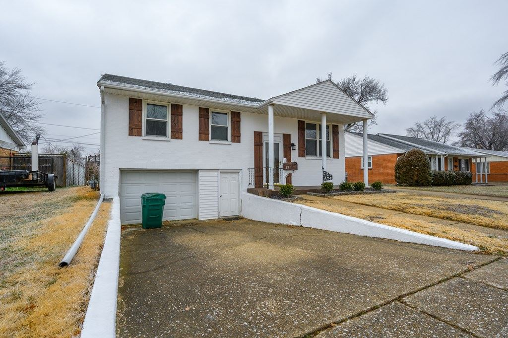 Photo of 674 Dalton Street, Owensboro, KY 42301 (MLS # 80754)
