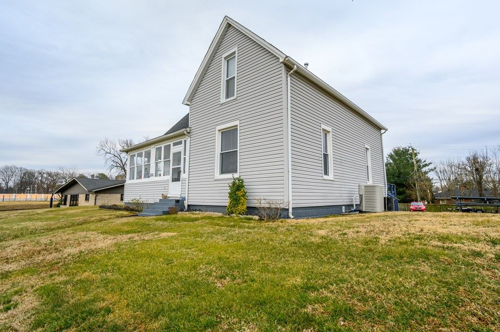 Photo of 2224 Parrish Ave W, Owensboro, KY 42301 (MLS # 80802)