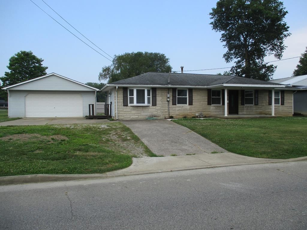 Photo of 412 N Lincoln Ave, Rockport, IN 47635 (MLS # 81872)