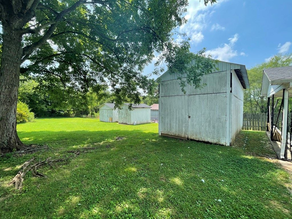 Photo of 29 Stovall court, Greenville, KY 42345 (MLS # 81929)