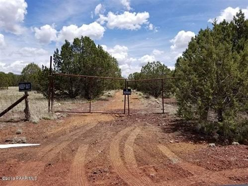 Photo of 2219 N Forest Line Road #Lot: 336, Ash Fork, AZ 86320 (MLS # 1021297)