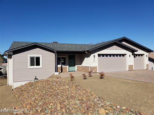 Photo of 596 N Apache Drive #Lot: 729, Dewey-Humboldt, AZ 86327 (MLS # 1029329)