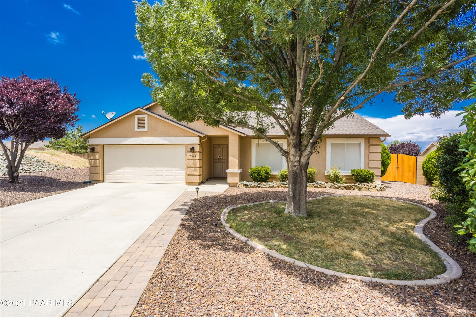 Photo of 7371 N Summit Place, Prescott Valley, AZ 86315 (MLS # 1040428)