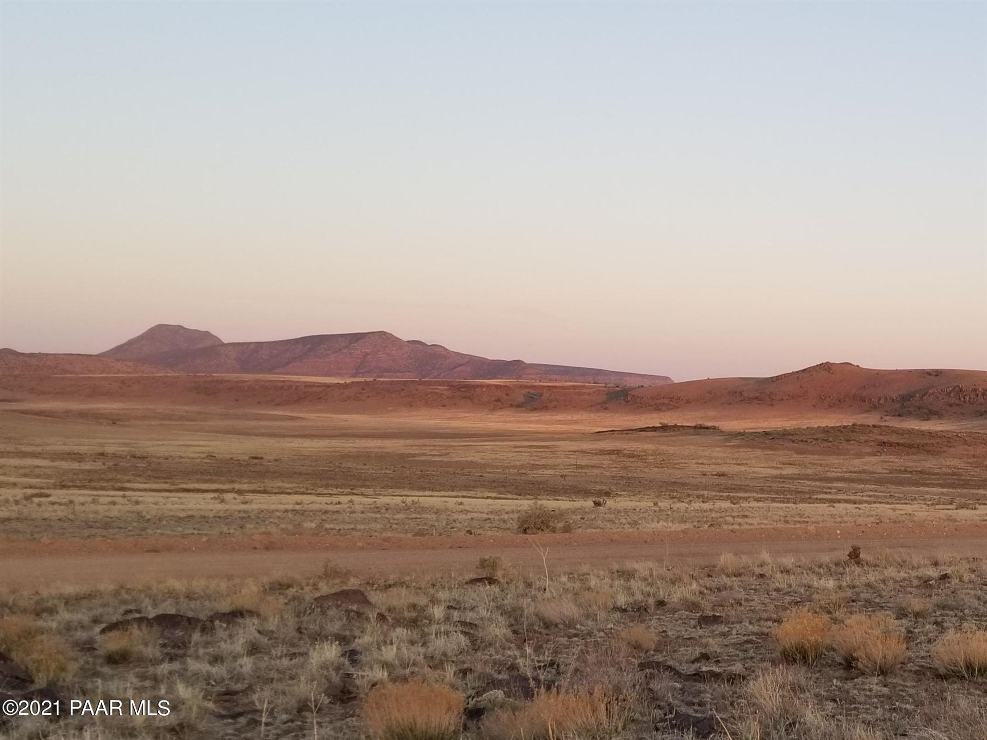 Photo of 177 Sierra Verde Ranch #Lot: 177, Seligman, AZ 86337 (MLS # 1038438)