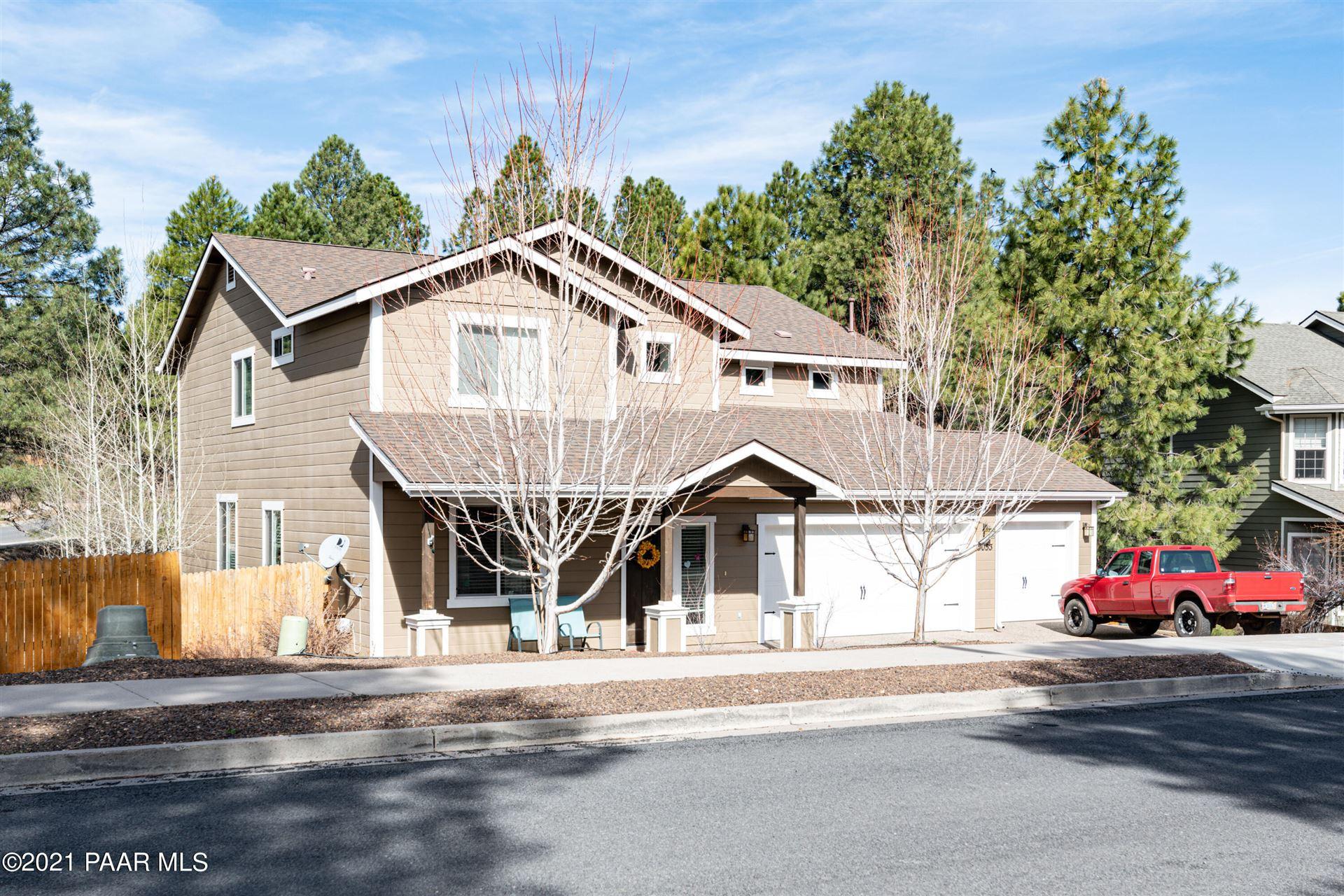 Photo of 5053 S Topaz Road, Flagstaff, AZ 86005 (MLS # 1037450)
