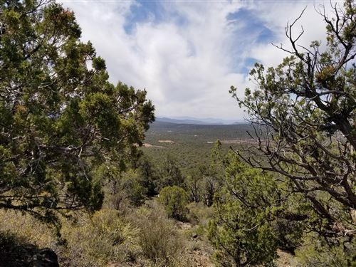 Photo of 4756 N Diamond M Ranch Road #Lot: ., Kingman, AZ 86401 (MLS # 1038465)