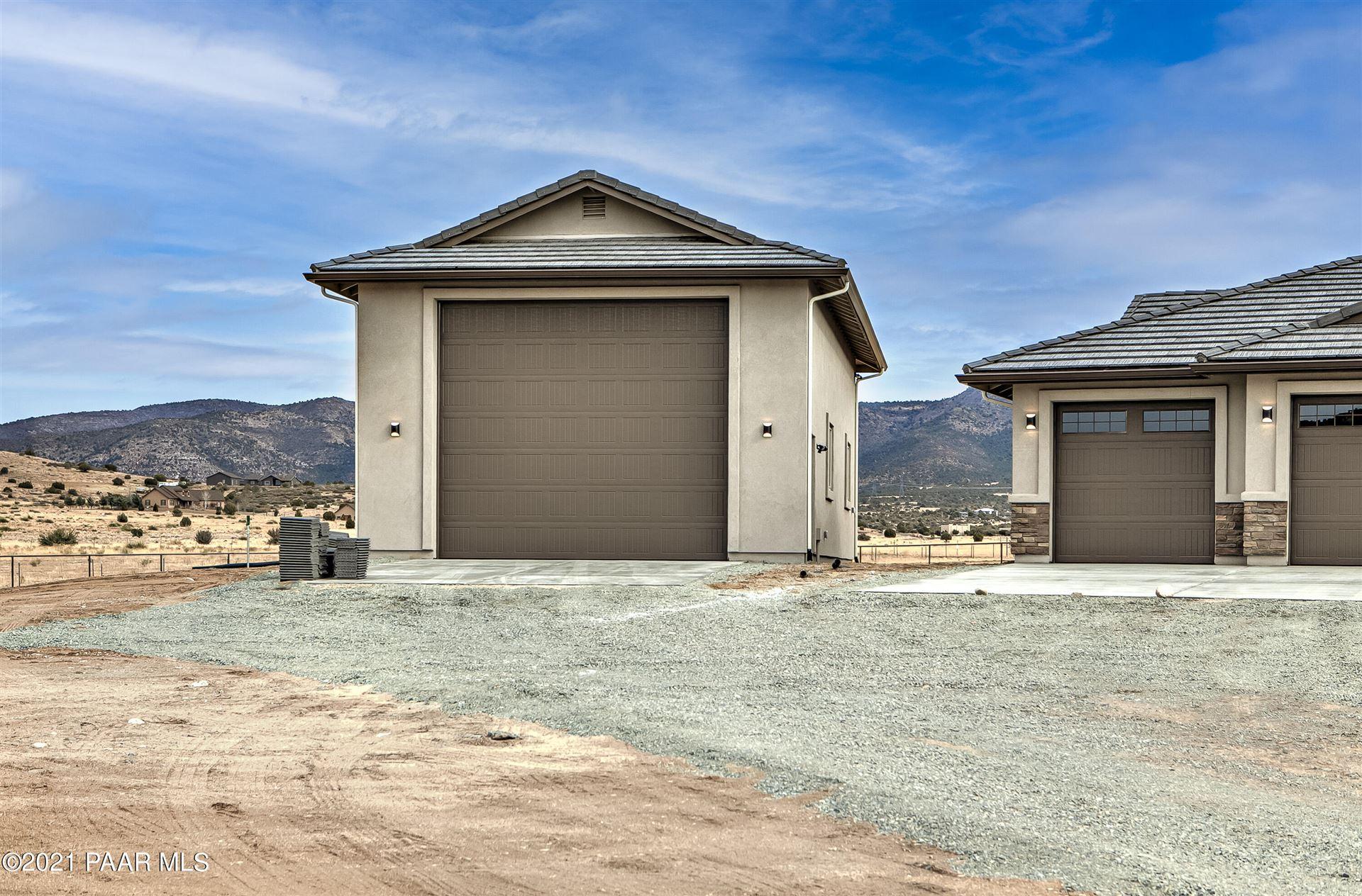 Photo of 9965 N Martingale Way, Prescott Valley, AZ 86315 (MLS # 1040492)