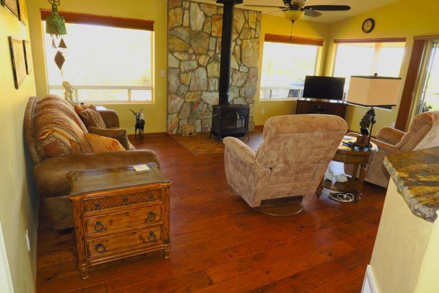 Photo of 2058 W Mountain Oak Road, Prescott, AZ 86305 (MLS # 1037588)