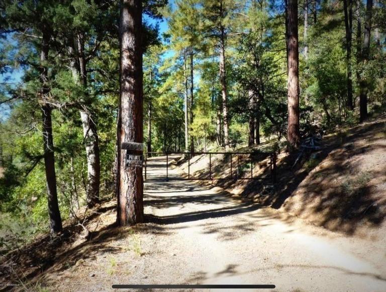 Photo of 2450 E Preddy Lane, Prescott, AZ 86303 (MLS # 1037621)