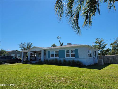 Photo of 402 Wisconsin Avenue, Lynn Haven, FL 32444 (MLS # 713481)