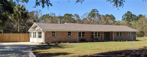 Photo of 9843 HEATHER DR, CANTONMENT, FL 32533 (MLS # 579057)