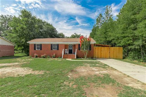 Photo of 5769 EAGLE DR, MILTON, FL 32570 (MLS # 575421)
