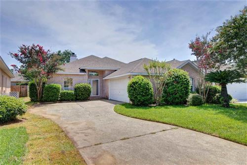 Photo of 1188 LONGWOOD DR, GULF BREEZE, FL 32563 (MLS # 575424)